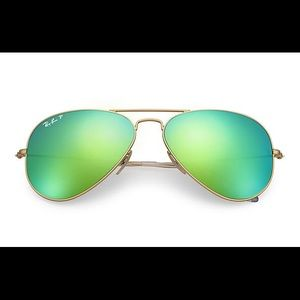 Ray-Ban Green Aviator flash lenses